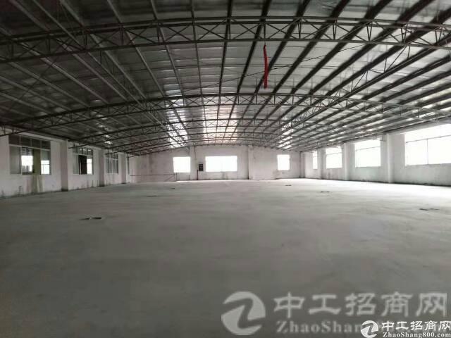 厚街镇溪头村2300平方米仓库出租,价格便宜