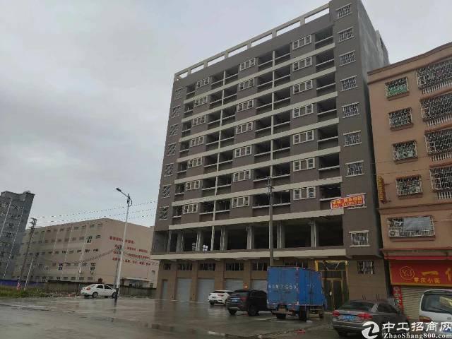 大型工业园旁公寓房出租