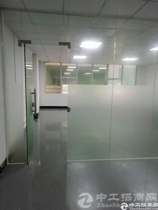 长安镇霄边三楼新出420平方带装修厂房出租