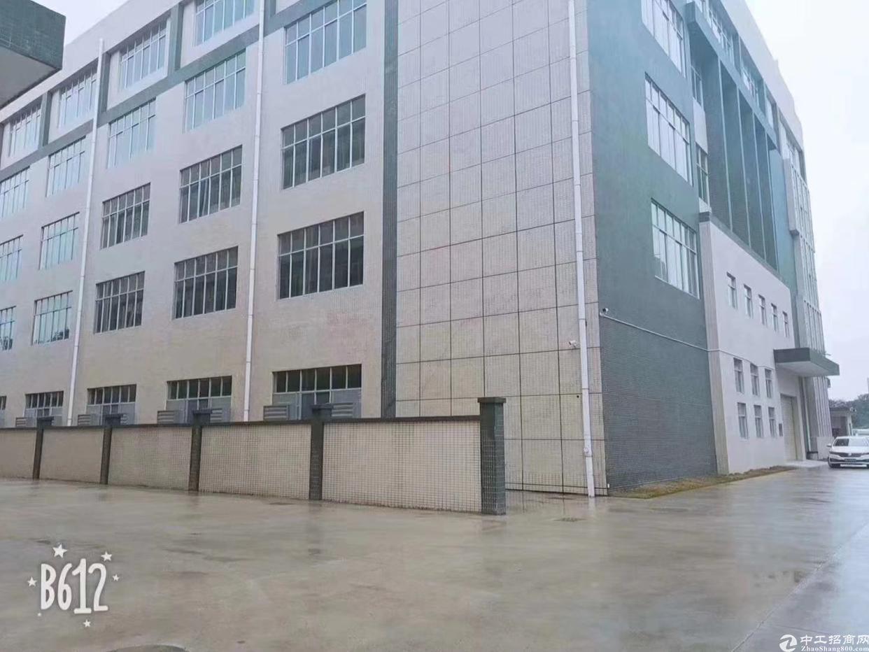 凤岗镇三楼3904平方米仓库出租