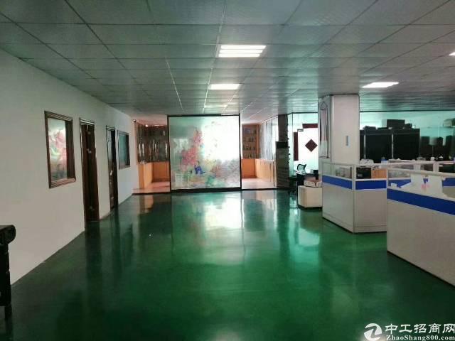 平湖新出原房东厂房2楼1600平方出租,有现成办公室装修-图3