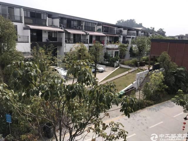 黄埔渔珠稀有独栋别墅、1000平带豪华装修及阳台