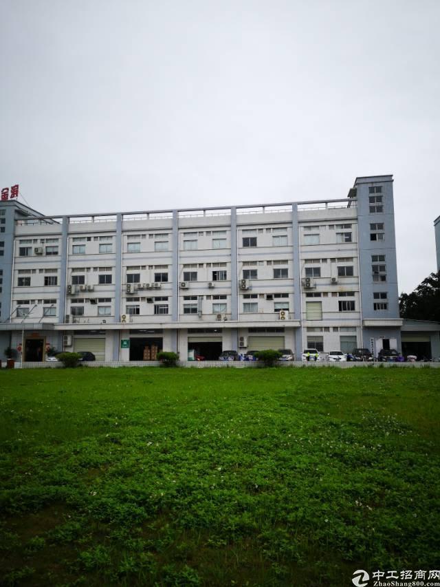 水口镇东江工业区新出楼上整层1000平方厂房出租