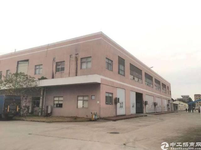 大岭山水朗原房东分租一栋二层8000平米厂房