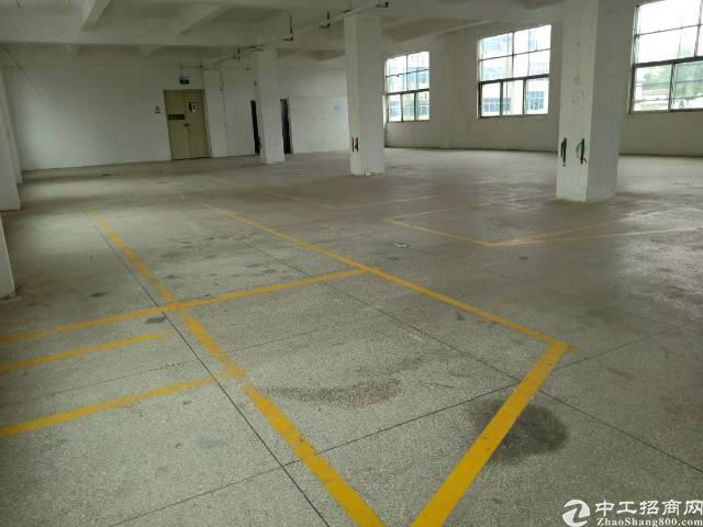 平湖新厦工业区二楼厂房出租