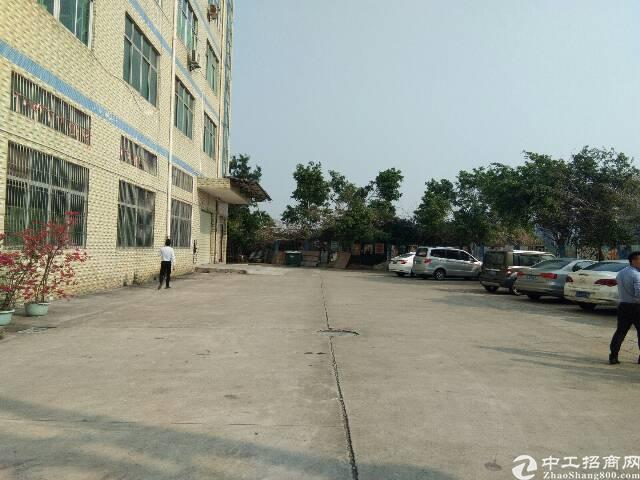 平湖独院厂房5200平米出租