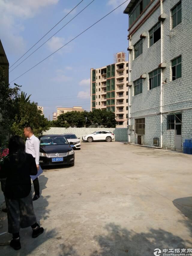 凤岗镇靠深圳观澜860万标准厂房出售