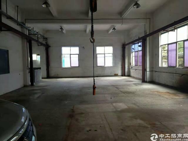 清溪镇标准厂房1楼700平方,带行车-图2