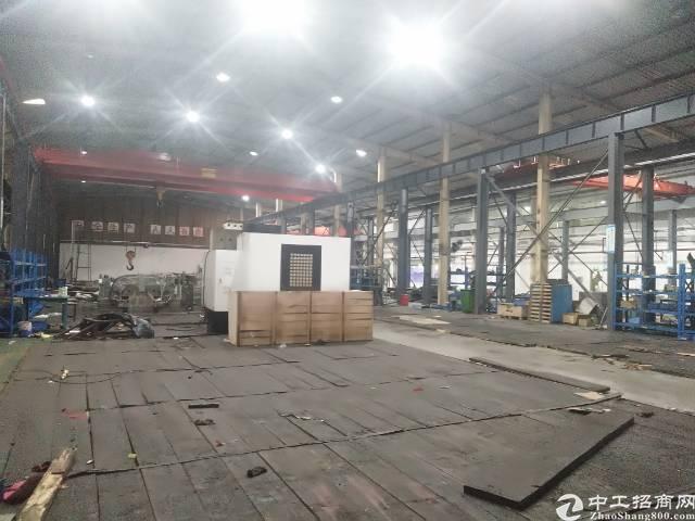 沙井洪田小山工业区新出独院6500平方10米高钢构厂房出租