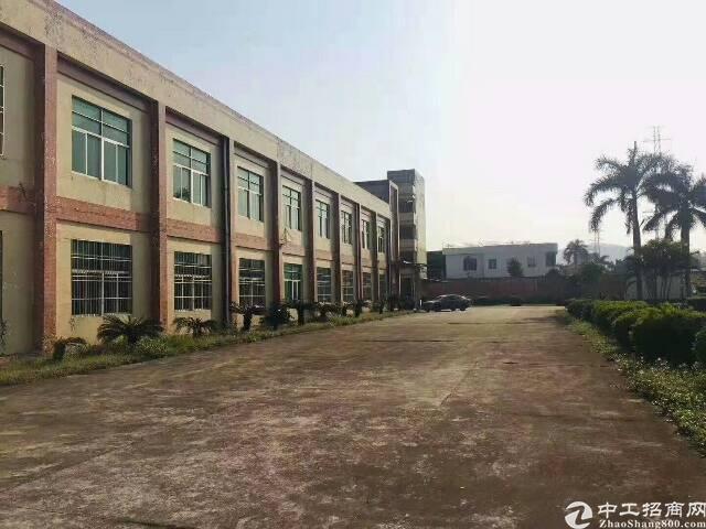 黄江镇原房东花园式独院标准厂房1-2F,共3200平米!