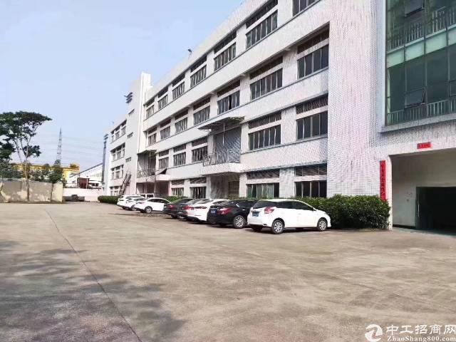 福永新和沿江高速出口新出带装修不用转让费二楼1000平厂房出
