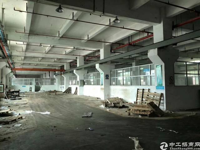 平湖富民工业厂房业主直租5200平米