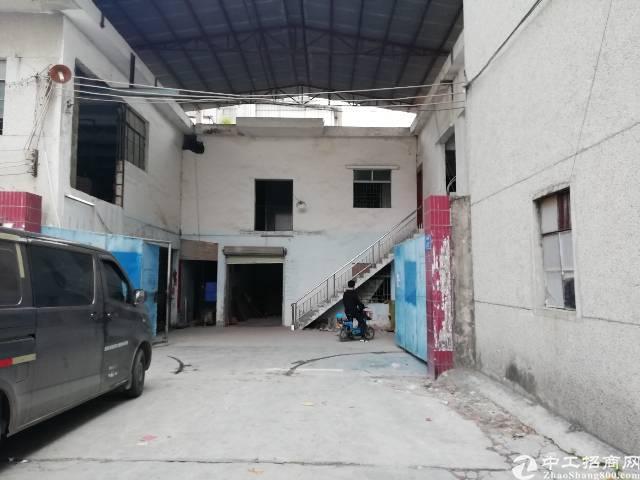 凤岗镇最便宜的标准一楼加钢构600平米适合各种行业仓库有空地