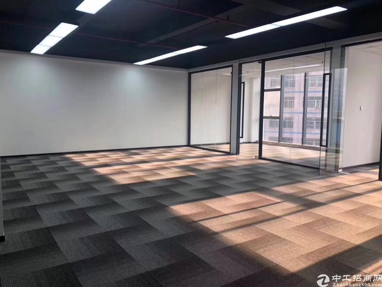 西乡固戍桦穗大厦全新精装修写字楼128平2+1格局