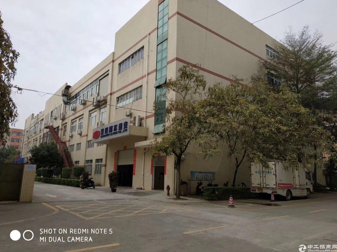 沙井主干道边大型工业园新出一楼6米高1800平米厂房出租