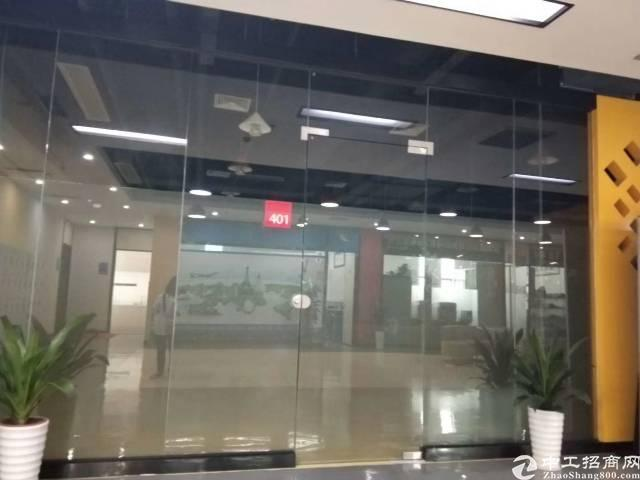 横岗六约地铁口新出楼上精装修写字楼带停车位