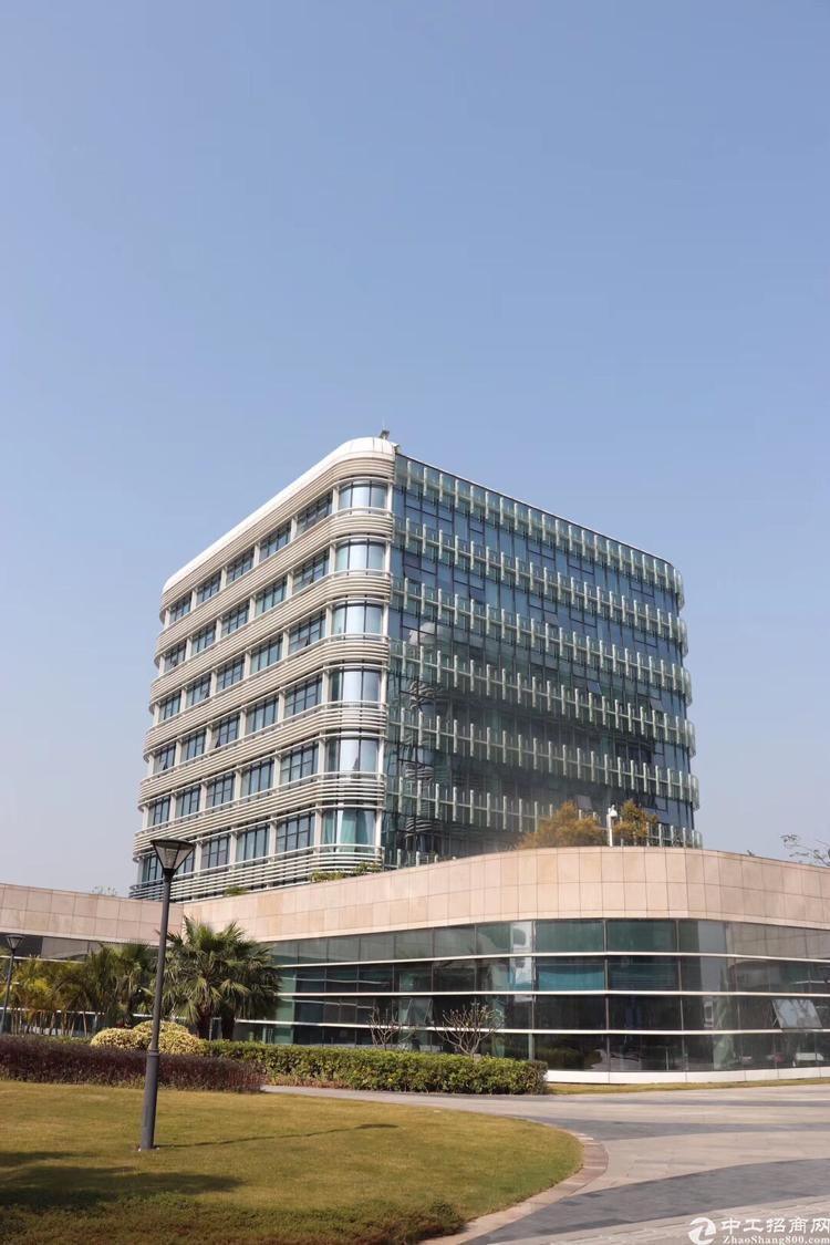 物业直租11号线机场站宝安机场航站楼精装534平方
