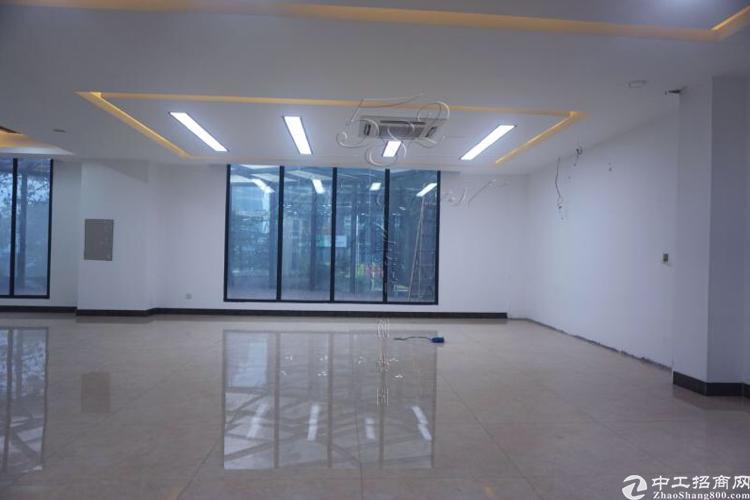 车陂地铁口写字楼新空楼上545平