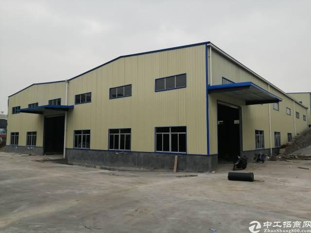 新塘镇滴水9米钢构厂房出租