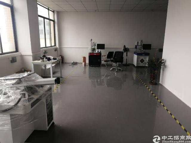 公明镇新出厂房4楼500平方带精装修出租-图4