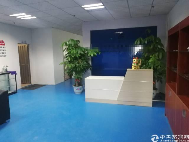 公明镇新出厂房4楼500平方带精装修出租