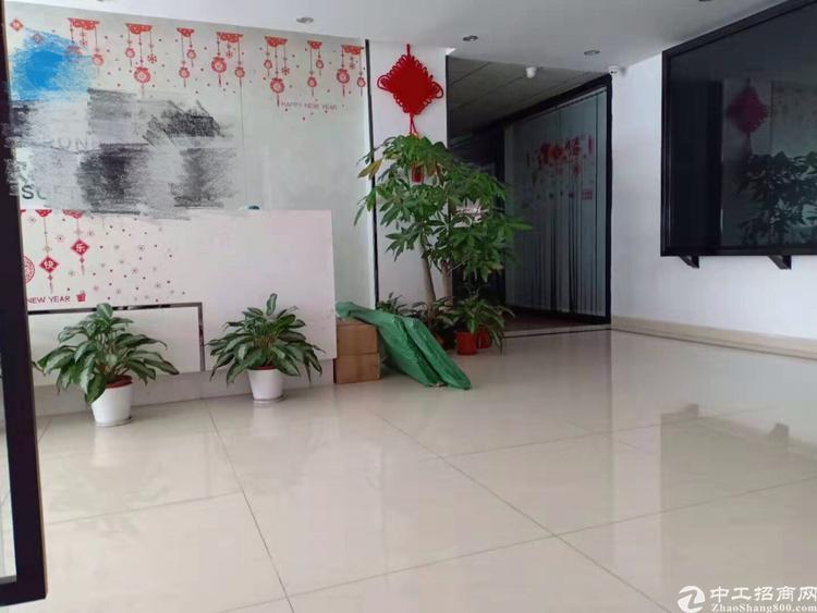 深圳龙华大浪原房东2.3.4楼豪华装修4560平厂房出租