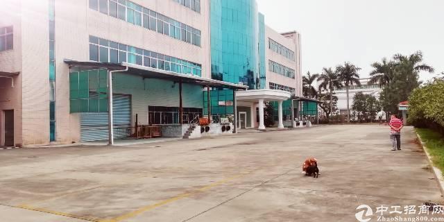现成装修的原房东独院标准厂房12000平米出租