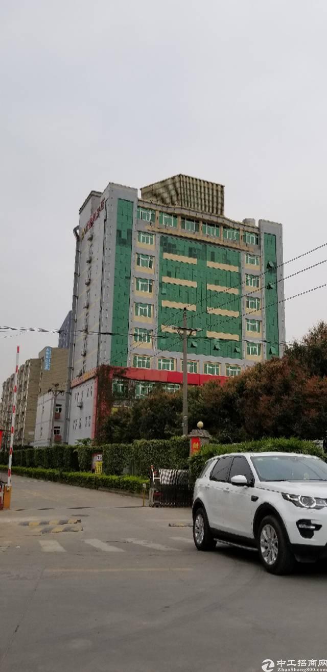 松岗红星现成酒店8000平方招租
