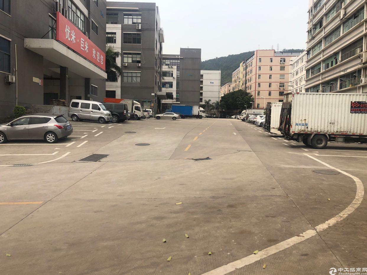 西乡九围原房东二楼2500平实际面积出租