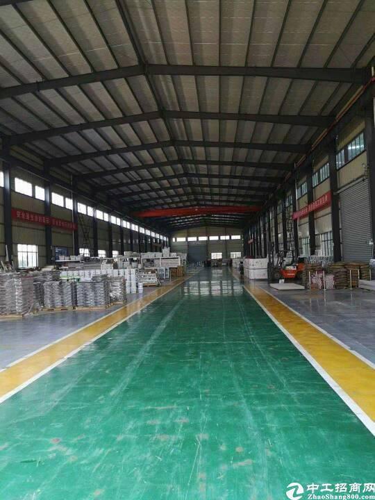 孝感市孝南区16330平米标准工业园区整体出售。出行方便