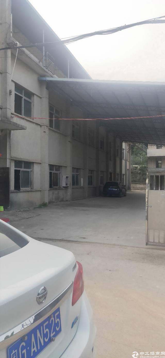 平湖新木15元独院3000平方厂房出租