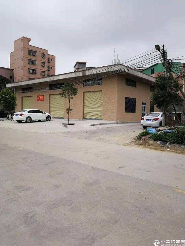大朗靠近莞樟路一楼铺位2000平招租,可以分租,租金20