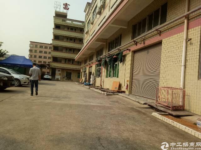 平湖富民工业区客户分租一楼厂房300㎡