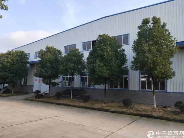 武汉葛店工业园钢构厂房出租,形象漂亮,交通方便,现成地坪漆,