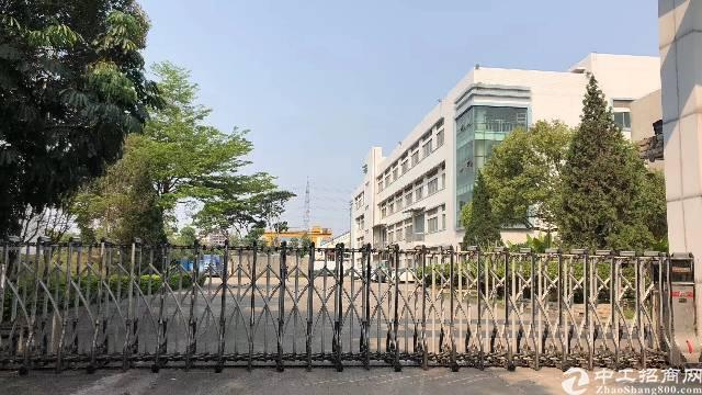 平湖华南城附近新出5800平方独院厂房招租(带红本)