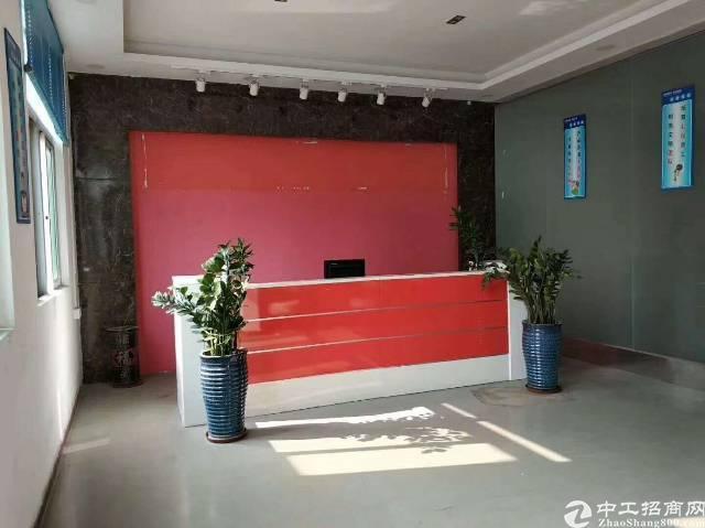 沙井西环路附近新出楼上1100平带装修厂房