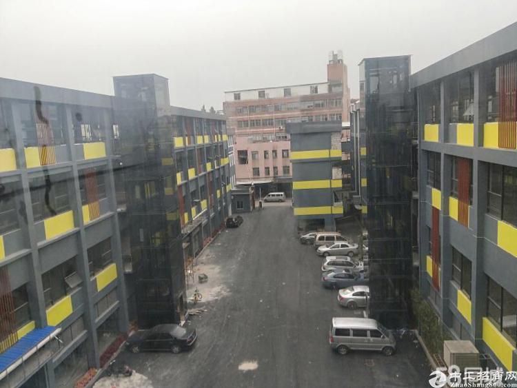 广州天河东圃英君路带装地铁口零距离写字楼200