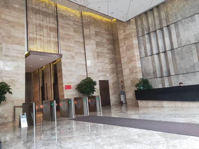 广州市花都区迎宾大道地铁口附近精装修20-400平方招租