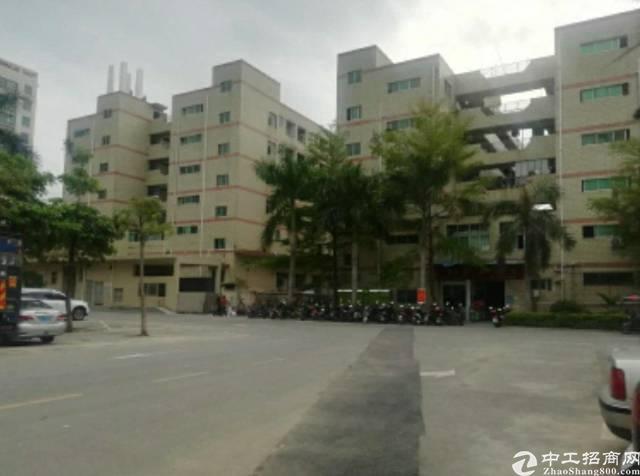 福永兴围工业园新出400平厂房出租公交站旁