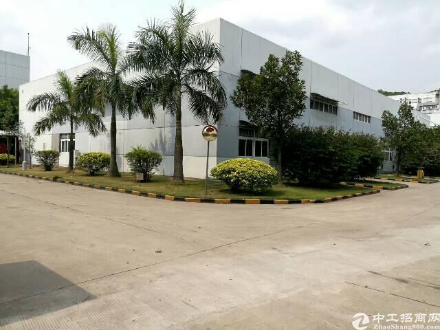 宝安107国道边单一层钢结构厂房8000平方