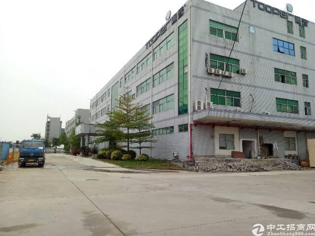 上福永凤凰山独门独院1-3层6600平精装