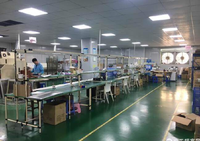 出租宝安区福永镇桥头精品厂房650平方,租金每平方21