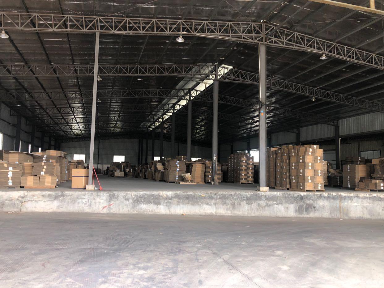 独院钢结构厂房出租,带卸货平台,物流,电商,仓储首选。