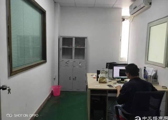 福永机场仓库1600平米
