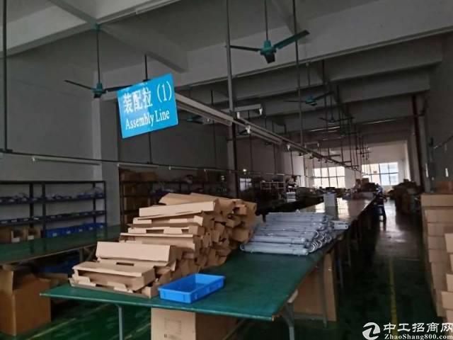 深圳松岗新出,原房东零公摊厂房2000平,带精装修,不用转让