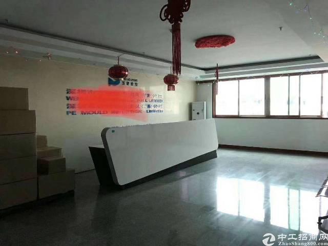 福永凤凰楼上2000带红本装修厂房出租