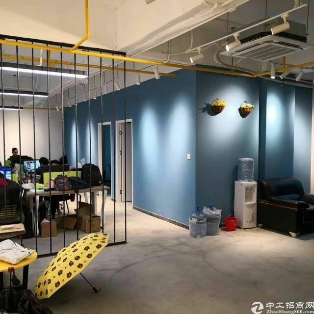 天河区鱼珠花园式创意园318平4+1格局办公室出租