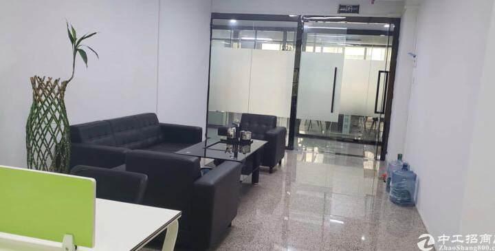 观澜社保局旁边,东昌国际大厦精装修写字楼出租图片2