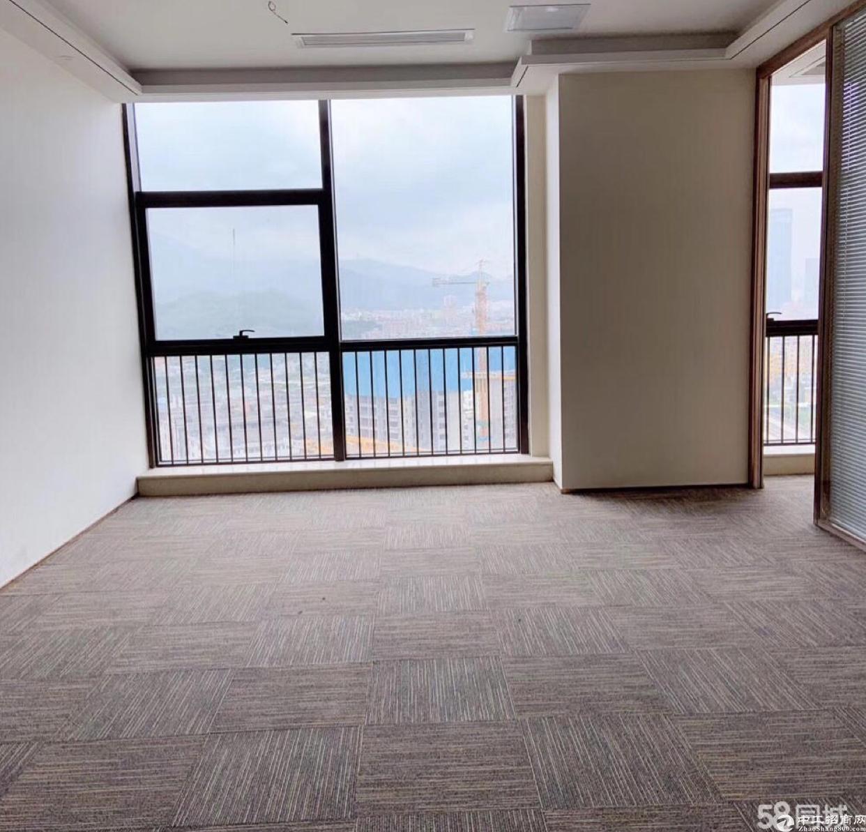 永湖地铁口附近豪华装修写字楼商业红本出租