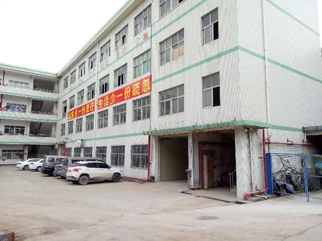 坑梓新出一楼标准厂房1600平米招租